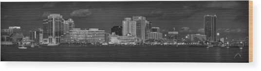 Norfolk Waterfront Bw Wood Print