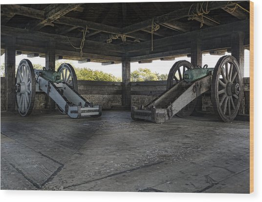 North Redoubt Cannons Wood Print by Peter Chilelli