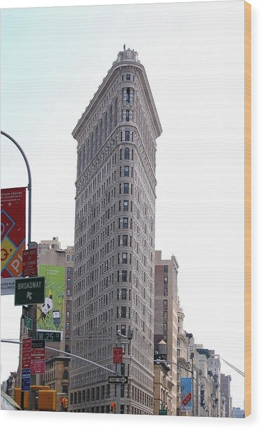 Nyc - The Flatiron Building Wood Print