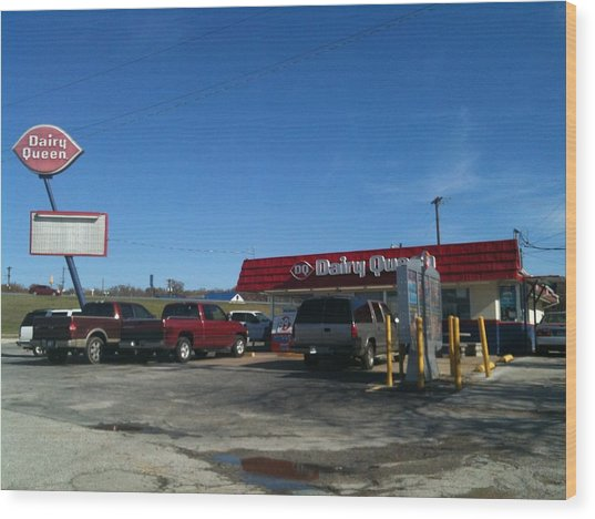 Old Dairy Queen In Azle Texas Wood Print by Shawn Hughes