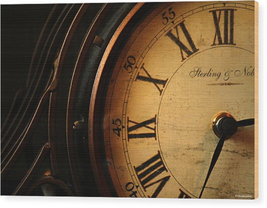 Old Fashioned Mantle Clock Wood Print
