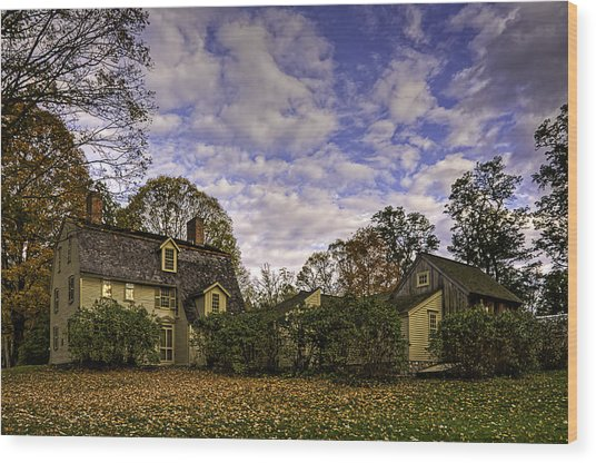 Old Manse In Autumn Glory Wood Print