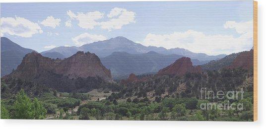 Panoramic Garden Of The Gods Wood Print