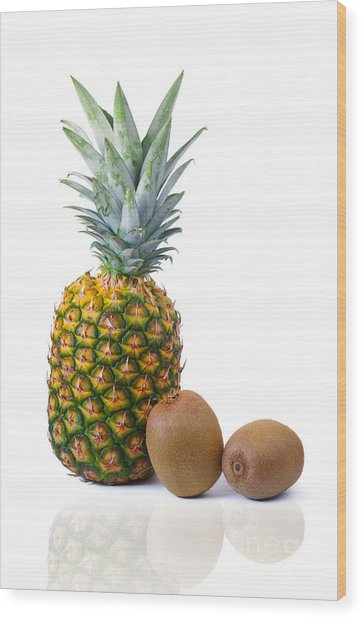 Pineapple And Kiwis Wood Print