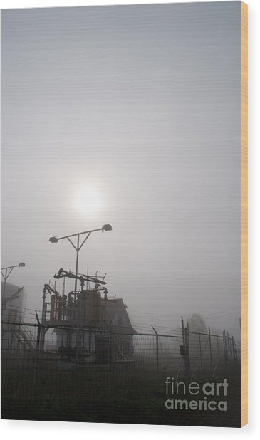 Platform At Petrocor In The Fog Wood Print by Gary Chapple