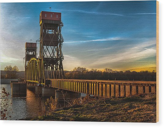 Preston'strain Bridge Wood Print