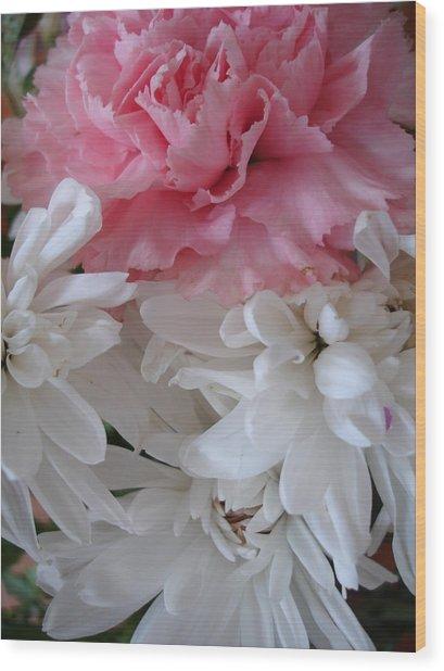 Pretty Pastel Petals Wood Print by Yvonne Scott