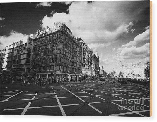 Princes Street And St David Street South With Tram Lines And Old Waverly Hotel Edinburgh Scotland Uk Wood Print by Joe Fox