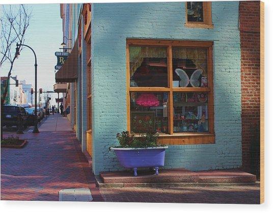 Purple Tub Wood Print