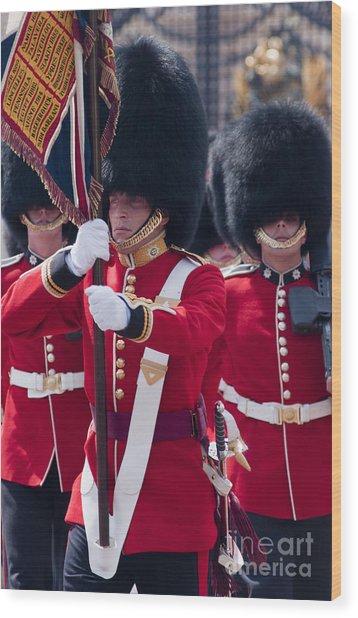 Queens Guards Wood Print