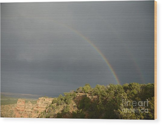 Rainbow At Grand Canyon Wood Print