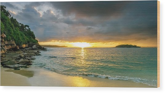 Rays Of Congwong Bay Wood Print