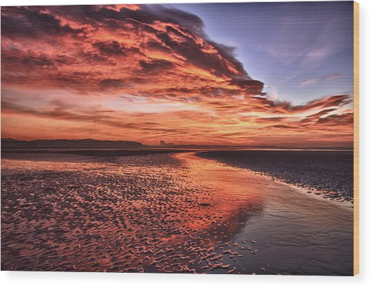 Red Sky Beach Sunrise Wood Print