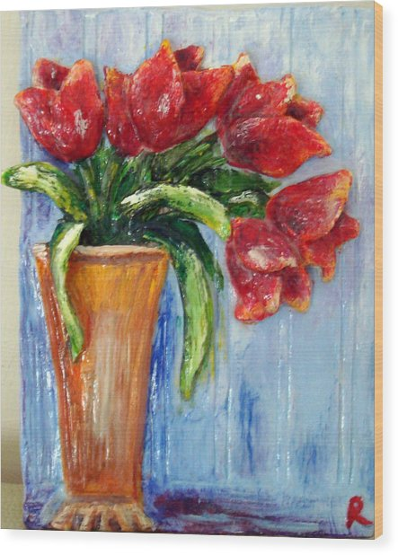 Red Tulips In Vase Mini Sculpture Wood Print