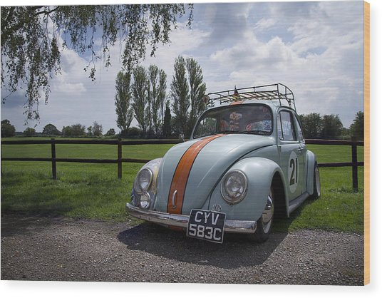 Retro Beetle 1 Wood Print by Dan Livingstone