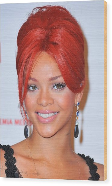 Rihanna At A Public Appearance For Dkms Wood Print