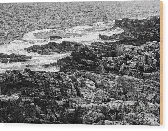 Rocky Coastline II - Black And White Wood Print by Hideaki Sakurai