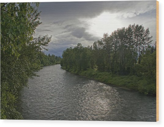 Rogue River In May Wood Print