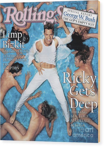 Rolling Stone Cover - Volume #818 - 8/5/1999 - Ricky Martin Wood Print