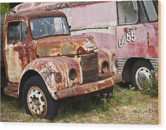 Rusty Commer  Wood Print by David Lade