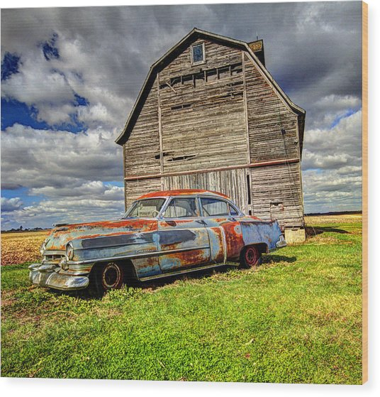 Rusty Old Cadillac Wood Print