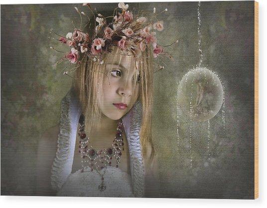 Seeing Fairies Wood Print