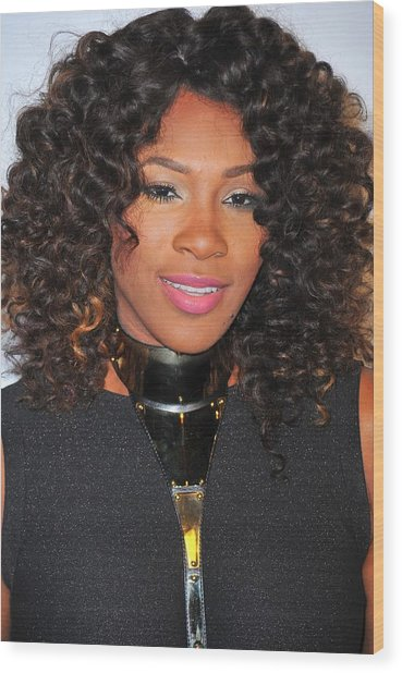 Serena Williams At Arrivals For Keep Wood Print