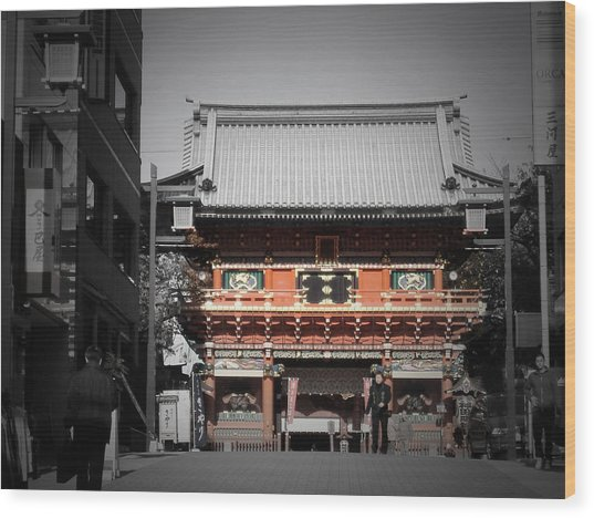 Shrine In Tokyo Wood Print