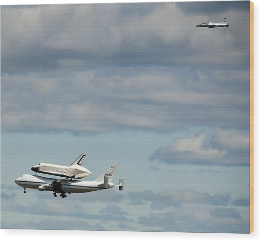 Shuttle Enterprise And Escort Wood Print by Roni Chastain