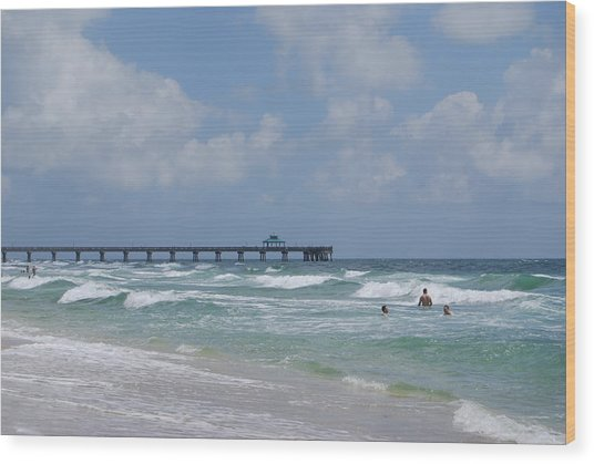 Wood Print featuring the photograph Simply Sea by Judy Hall-Folde