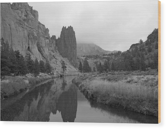 Smith Rock State Park In Black And White Wood Print