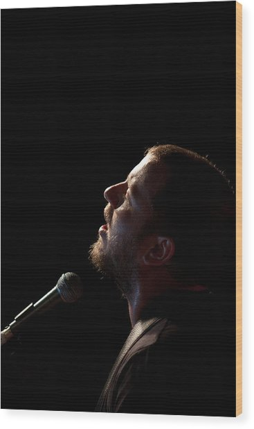 Soulful Singer - Ard Matthews Wood Print by Miguel Capelo