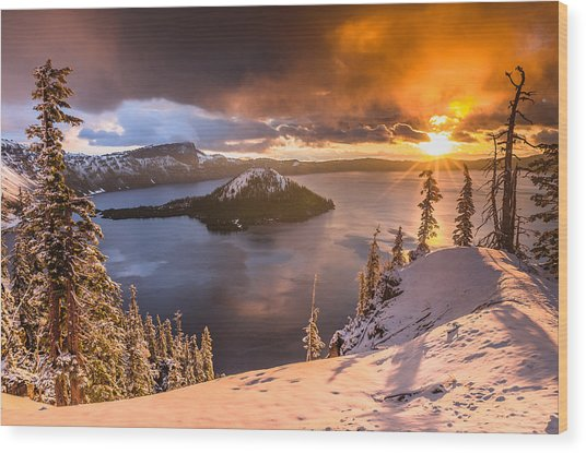 Starburst Sunrise At Crater Lake Wood Print
