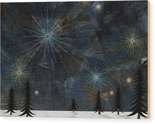 Stars Glistening In The Sky Above Pine Trees And Snow On The Ground Wood Print