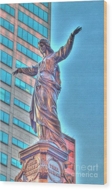 Statue At Fountain Square Wood Print