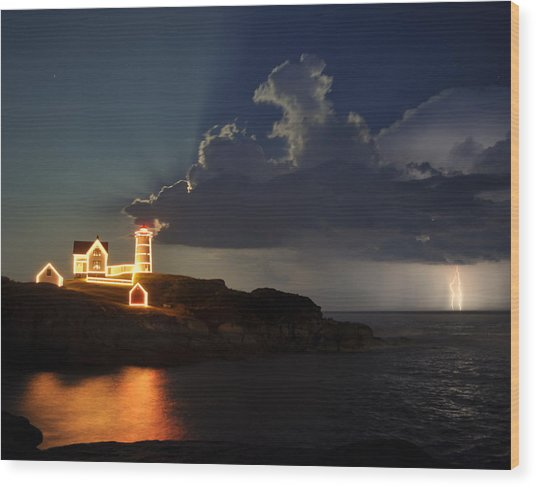 Storm Energizes The Lightning And The Lighthouse Wood Print