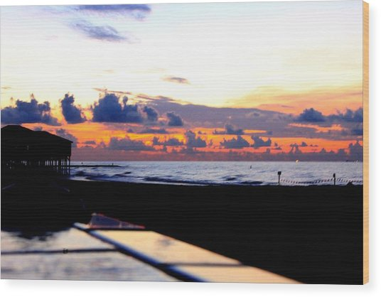 Sunrise In Galveston Wood Print by Mark Longtin