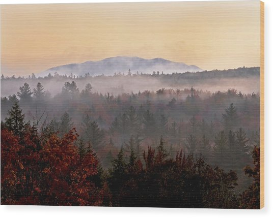Sunrise In The East On The Kancamagus Highway Wood Print