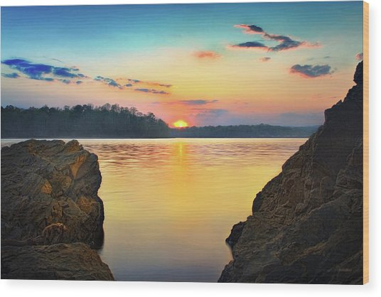 Sunset Between The Rocky Shore Wood Print