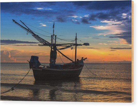 Sunset Fisherman Boat Huahin Thailand Wood Print by Arthit Somsakul