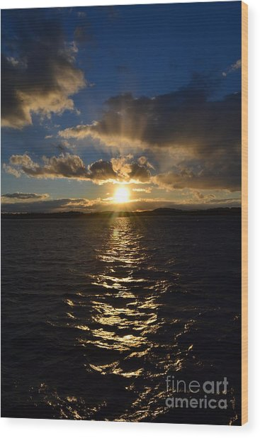 Sunset Over Winnepesaukee Wood Print