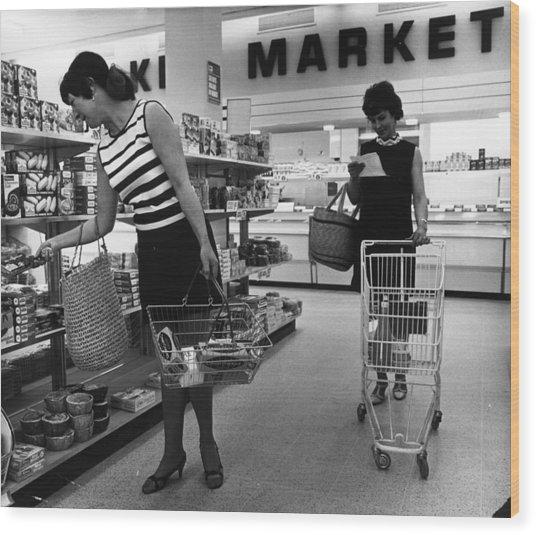 Supermarket Shopping Wood Print by V Thompson