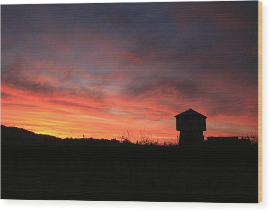Tankhouse Sunrise In Healdsburg Wood Print