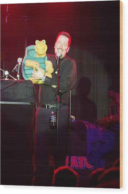 Terry Fator Wood Print by Kenneth Dow