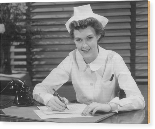 Thank You Nurse Wood Print by Hulton|Archive