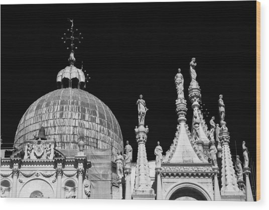 The Art Of Venice Wood Print by Justin and Ambyr Henderson