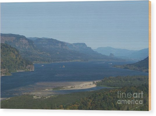 The Columbia River Gorge Wood Print