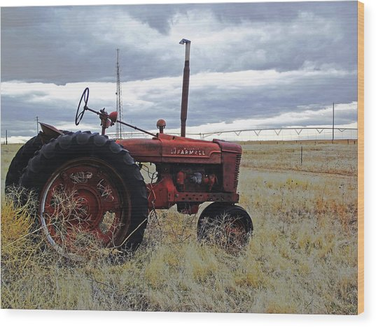 The Old Farmall Tractor 2 Wood Print by Robin Cox