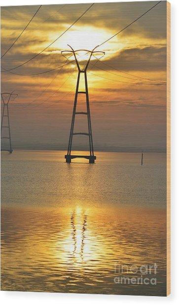 The Power Of Dawn Wood Print by Lynda Dawson-Youngclaus