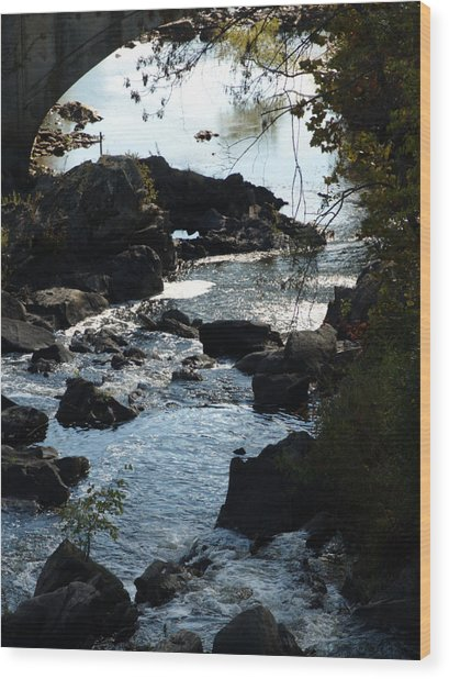 Through The Arch Wood Print